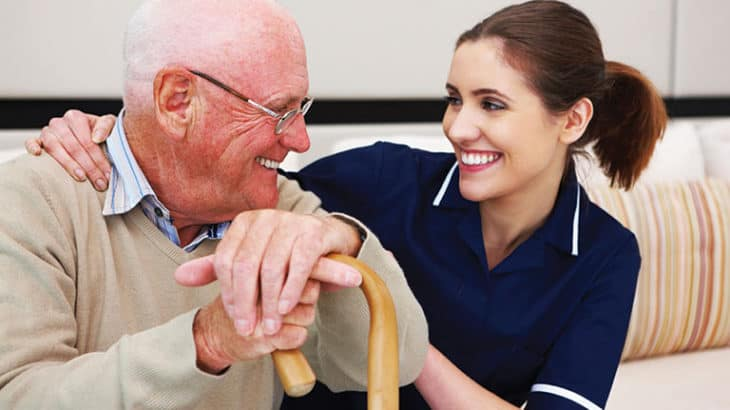 ayuda a domicilio ancianos